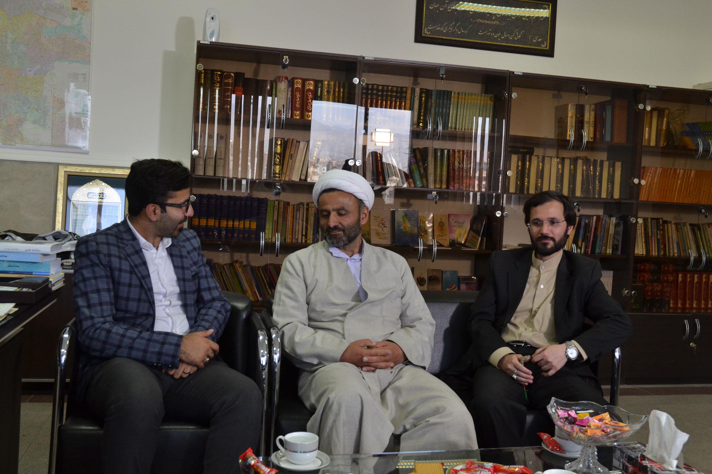 دیدار دوستانه مهندس حسینی با حاج آقای شمشاد