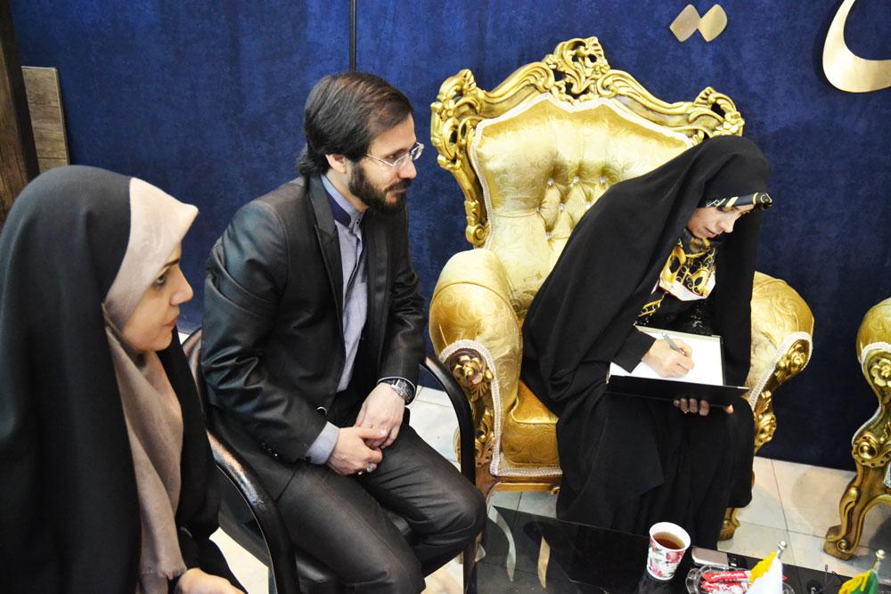 دستیار ویژه رییس جمهور در پایگاه صلح ایران